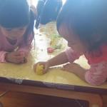 子育てサロン-小麦粉ねんど遊び-_09